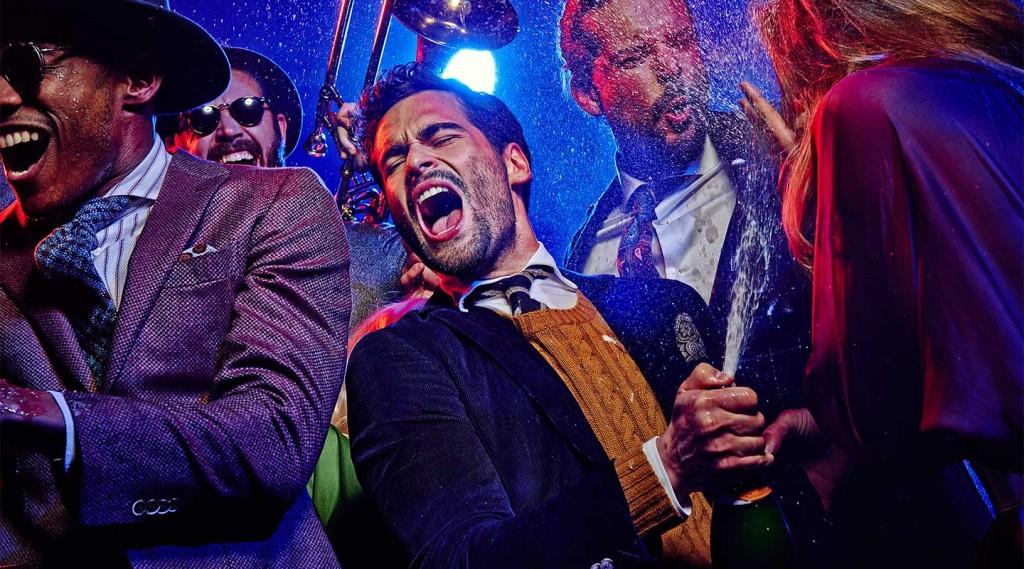 Schicke Anzüge, heiße Parties. ... Quelle: suitsupply.com