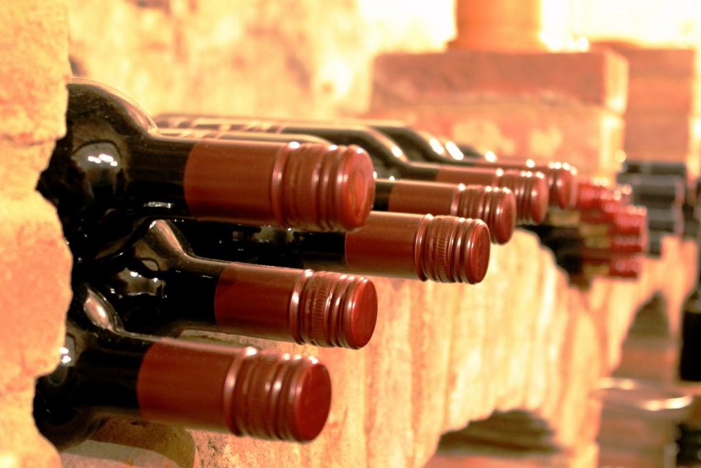 """Veganer Wein: Von der Traube bis zur Abfüllung kann """"tierisch"""" viel passieren. Bild: pixabay.com"""